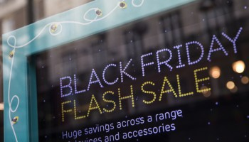 Mobile Shopping hits Record Breaking Numbers over Thanksgiving & Black Friday