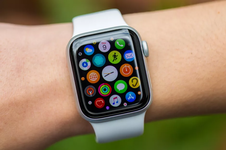 Apple Watch could soon be regulated by blowing on it.